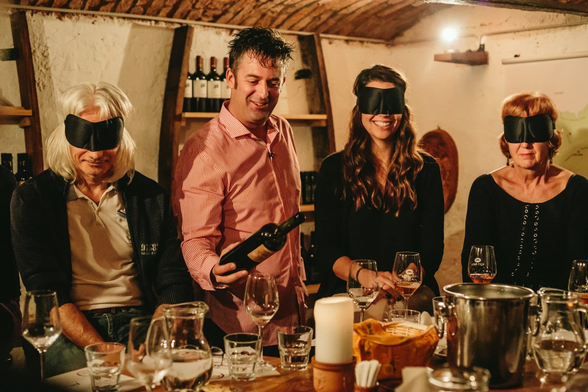 Blind-tasting-wines-bled