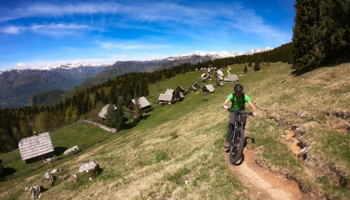 Uphill biking with e-mtb on Zajamniki, Pokljuka