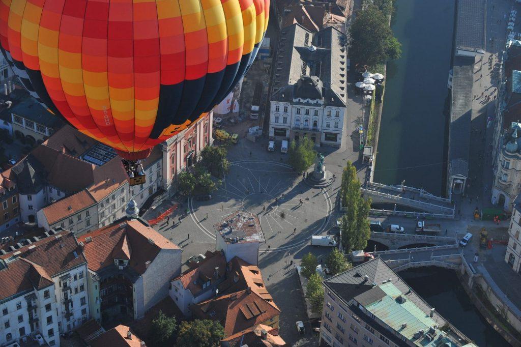 hot air balloon ljubljana