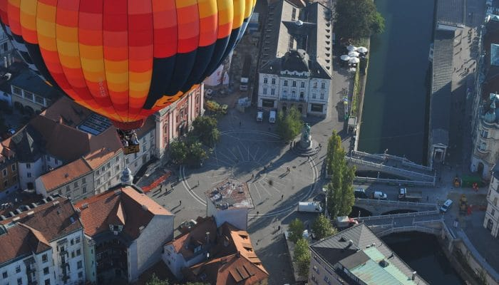 hot air balloon ljubljana