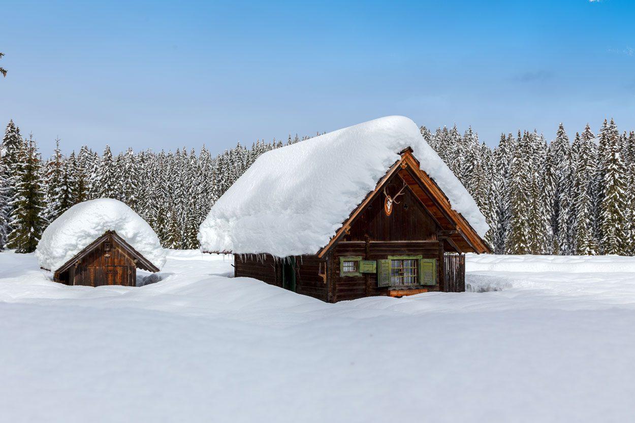 Weekend house in winter